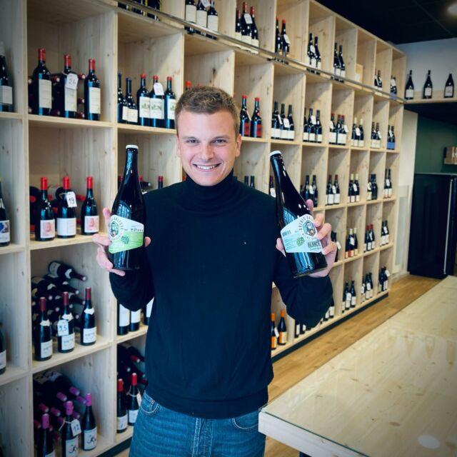 Enfin à Arras !!!! 🤗 🥳  Et oui, ça faisait très très longtemps que nous souhaitions pouvoir proposer nos bières à vous, Arrageois et Arrageoises … c'est désormais chose faite!   Vous pouvez enfin dénicher nos bières à la Cave Ernestale !!! ☺️  Un immense coup de cœur pour la plus chic des caves arrageoises avec en bonus, la gentillesse de Timothé, le vrai plus qui fait toute la différence ! 😍  @lacaveernestale  📍rue Ernestale 62000 Arras   #brebisgaleuse #BBG #craftbeer #biere #bieredunord #brasserieartisanale #bierebrebisgaleuse #beer #brasseriebrebisgaleuse #microbrasserie #artisan #saintpolsurternoise #brewery #beerlove #bieredunord #bierearras #artisanat #drinkcraft #yummy #summer #arras #foodbeer
